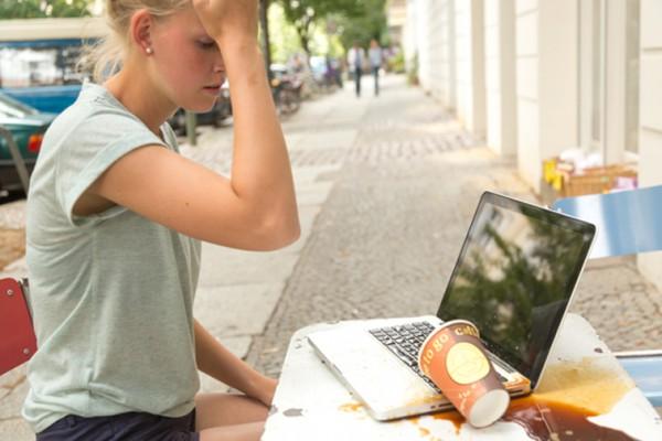 Flüssigkeitsschaden/ Wasserschaden Apple Macbook